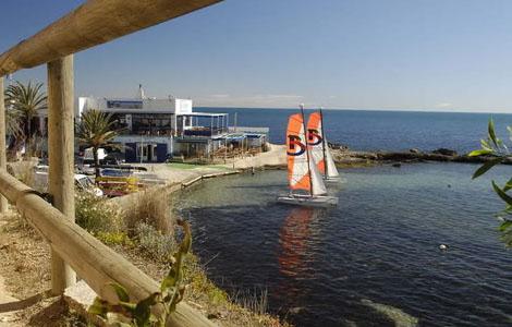 Bahía de Les Bassetes